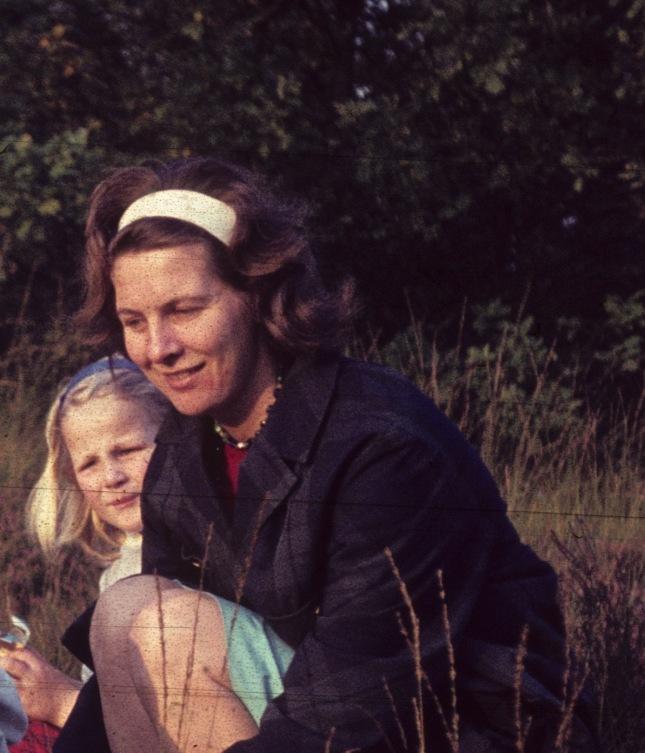 1965 hannah trui mina.jpg